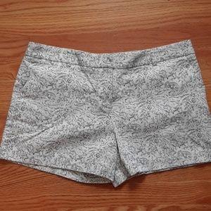 Textured pattern shorts